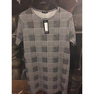 Nasty Gal checkered dress NWT-L
